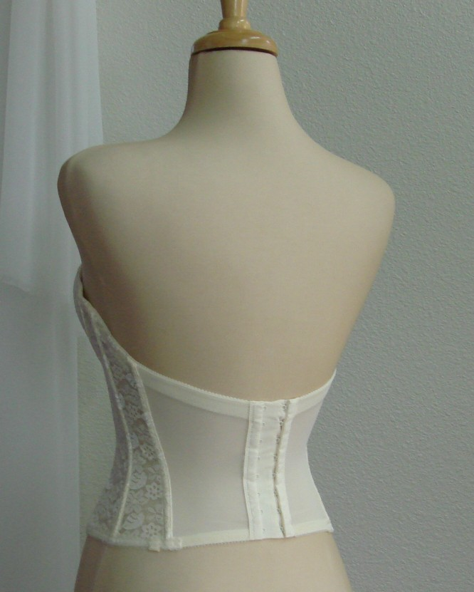 Bridal undergarments for Best undergarments for strapless wedding dress